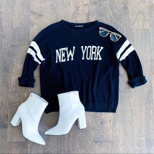 Brandy Melville Navy New York Pullover Sweater
